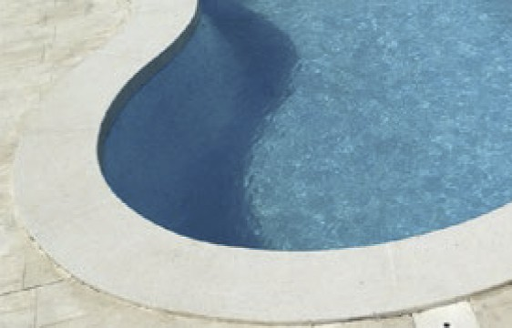 Pose de margelles piscine