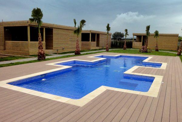 Construction piscine camping publique professionnel