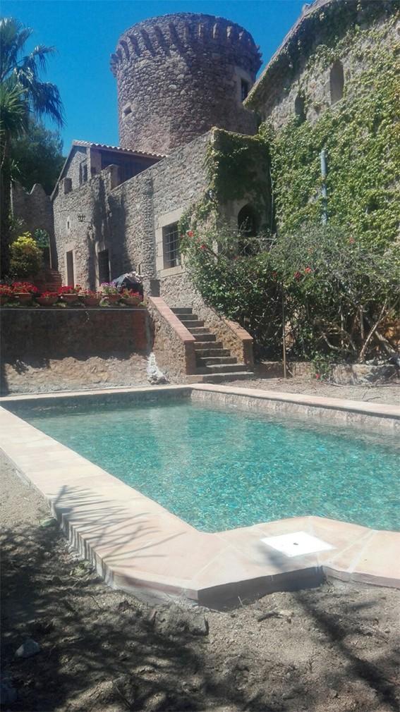 Rénovation d'une piscine coque polyester